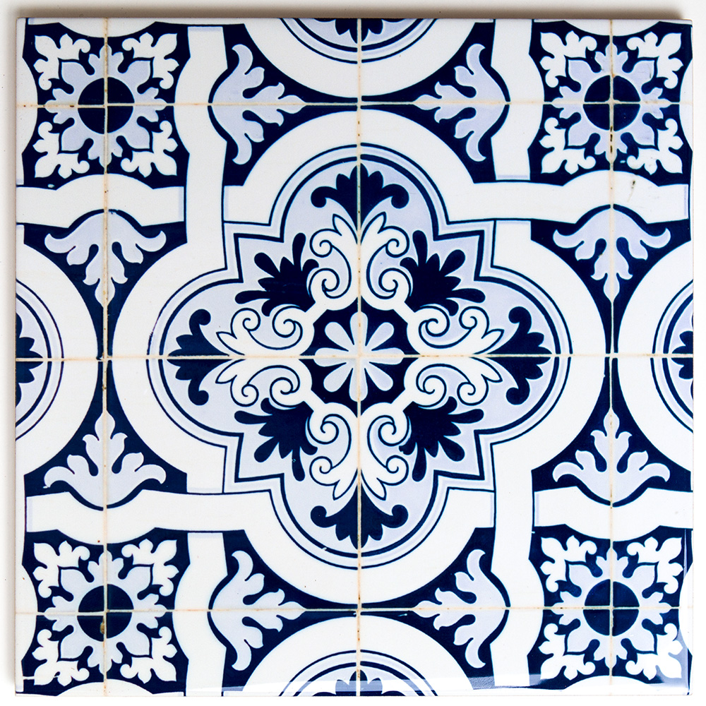Blue Floral Tile – Large